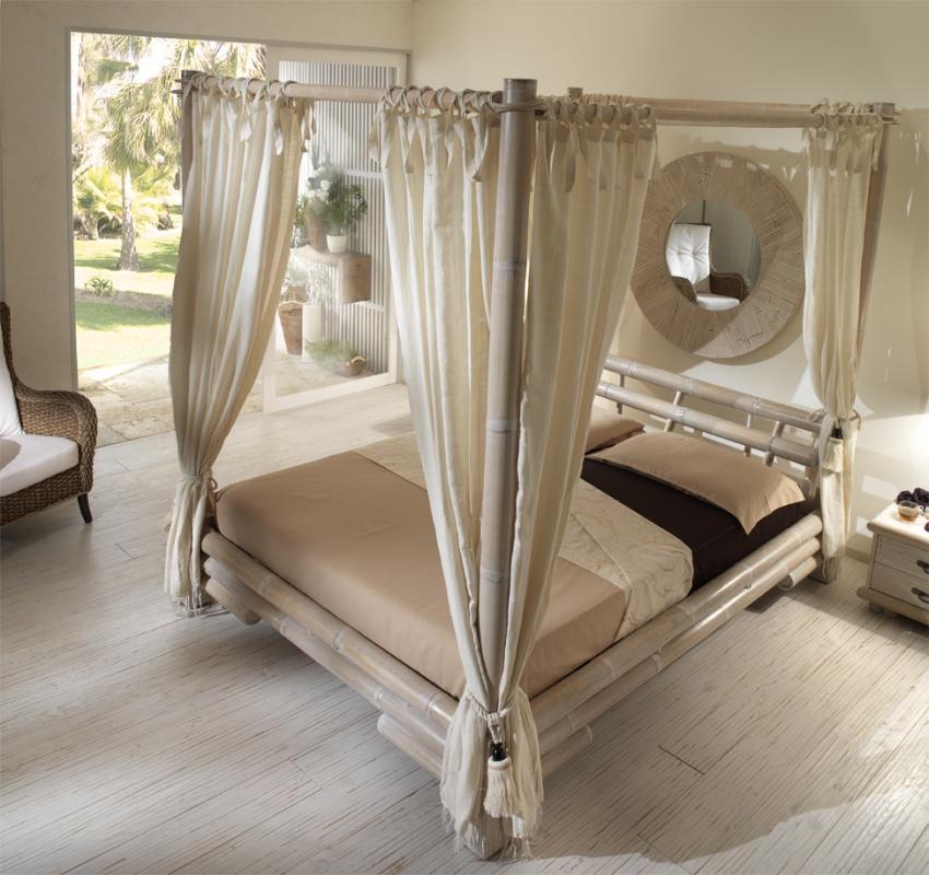 Letto Matrimoniale Tabanan Baldacchino - Casa del Bambù